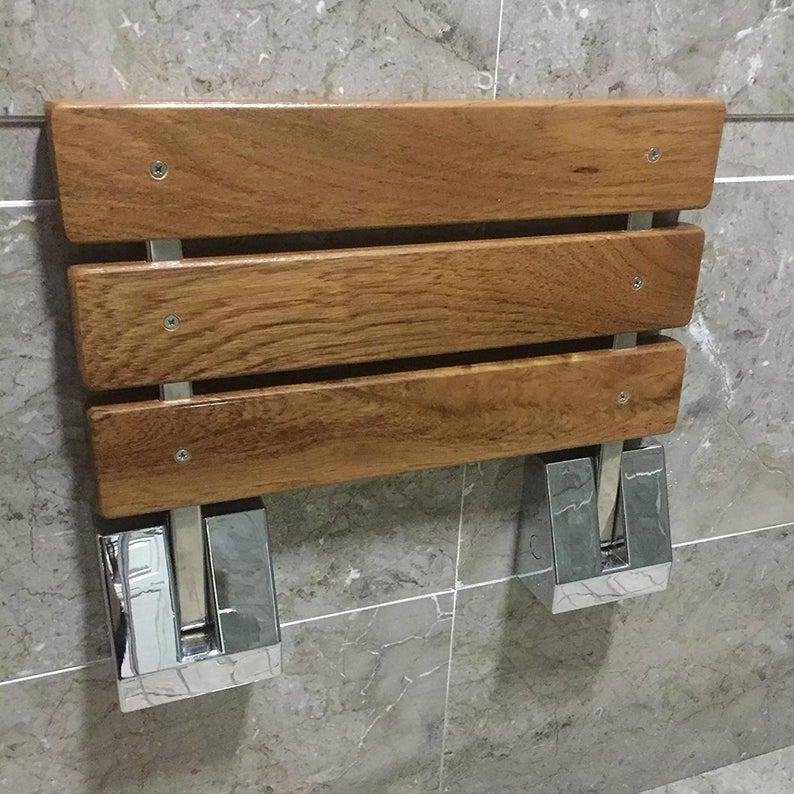 Siège de douche rabattable en bois